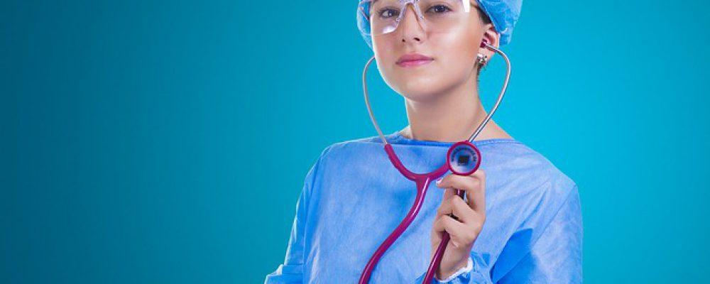 nurse-2141808_640