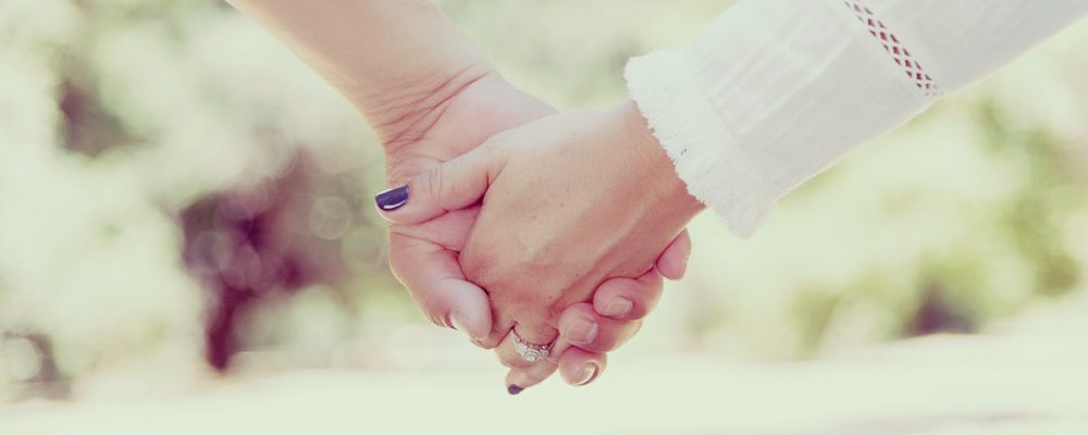 pareja_manos