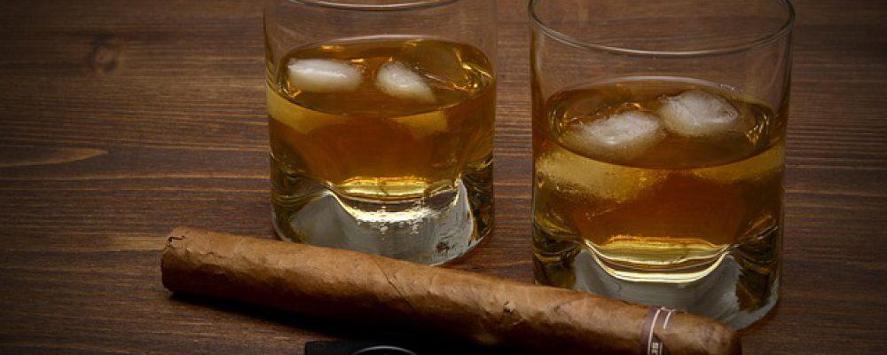 whisky-3313592_640